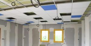 Plafond en dalles Alkeos